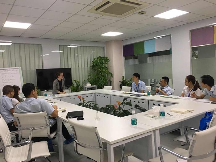 深圳企业英语培训提供商同博国际英语携手冠旭有限公司