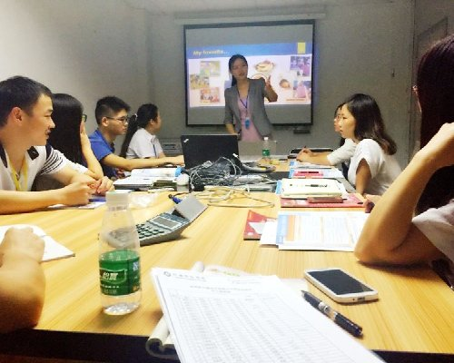深圳企业英语培训机构同博国际英语深圳秋田微公司企培